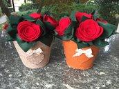 Ferma porta vaso con rose