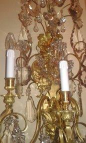 Cristalli pendenti o gocce, ricambi per lampadari di Venini, Mazzega, Artemide, Maria Teresa, con pezzi rotti, in vetro o cristallo