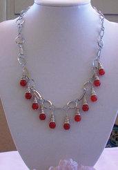 Collana con catena in Silver plated e perle di Giada rossa, 49 cm