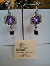Orecchini in tessitura di perline con pendente in zoisite