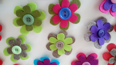 Molletta decorativa con fiori