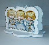 Angeli bianchi in legno