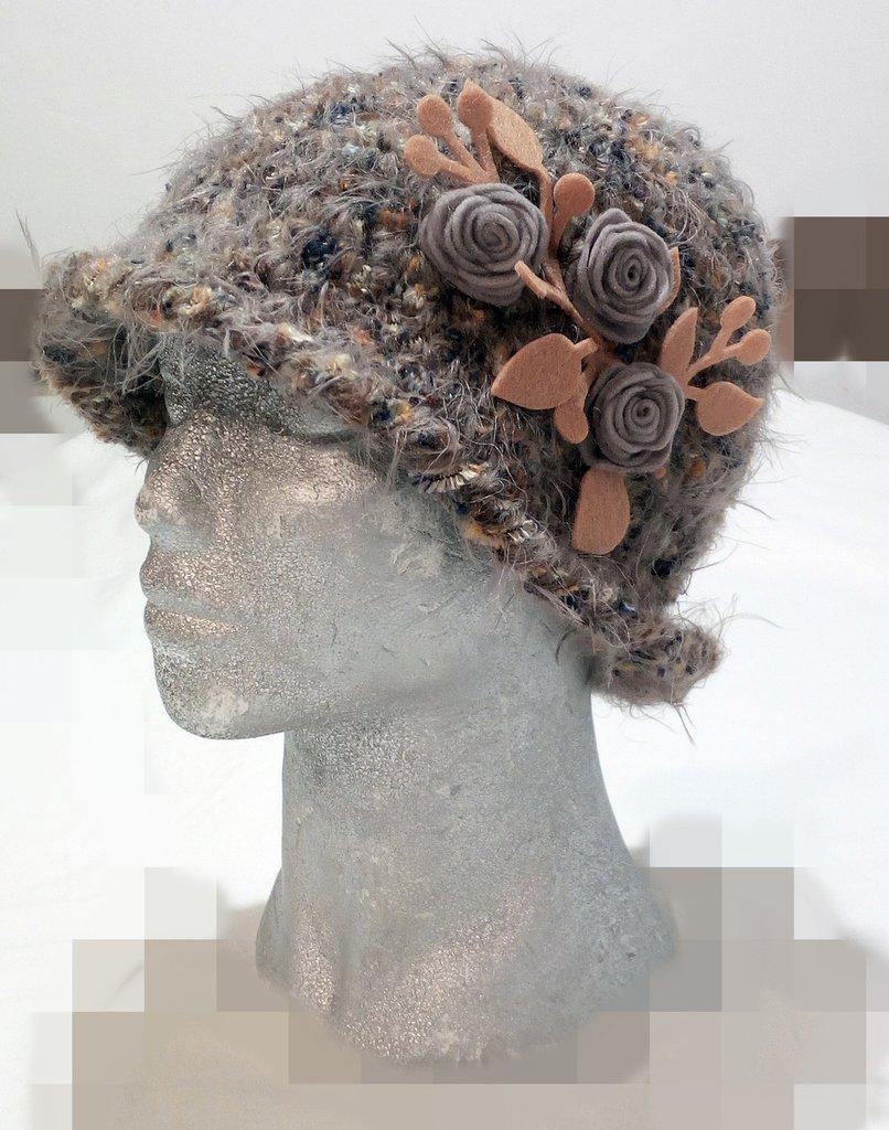 cappello closche fatto a mano,  Handmade cloche hat