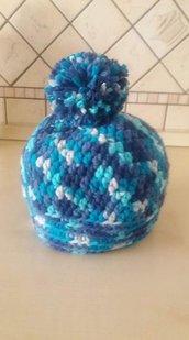 cappello colorato in lana