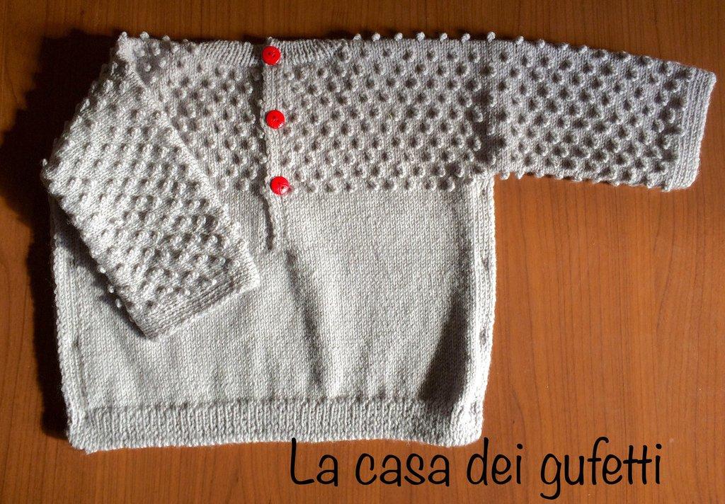 Completo maglioncino e cappellino per neonato grigio e rosso
