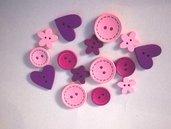 OFFERTA 15 bottoni legno forme e dimensioni varie rosa e viola