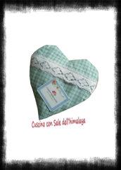 Cuscino con sale rosa dell'himalaya (cuore)