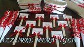 Coordinato confettata 50 coni + 10 segnagusto + 2 cestini portaconi matrimonio sposi nozze rosso cuore strass