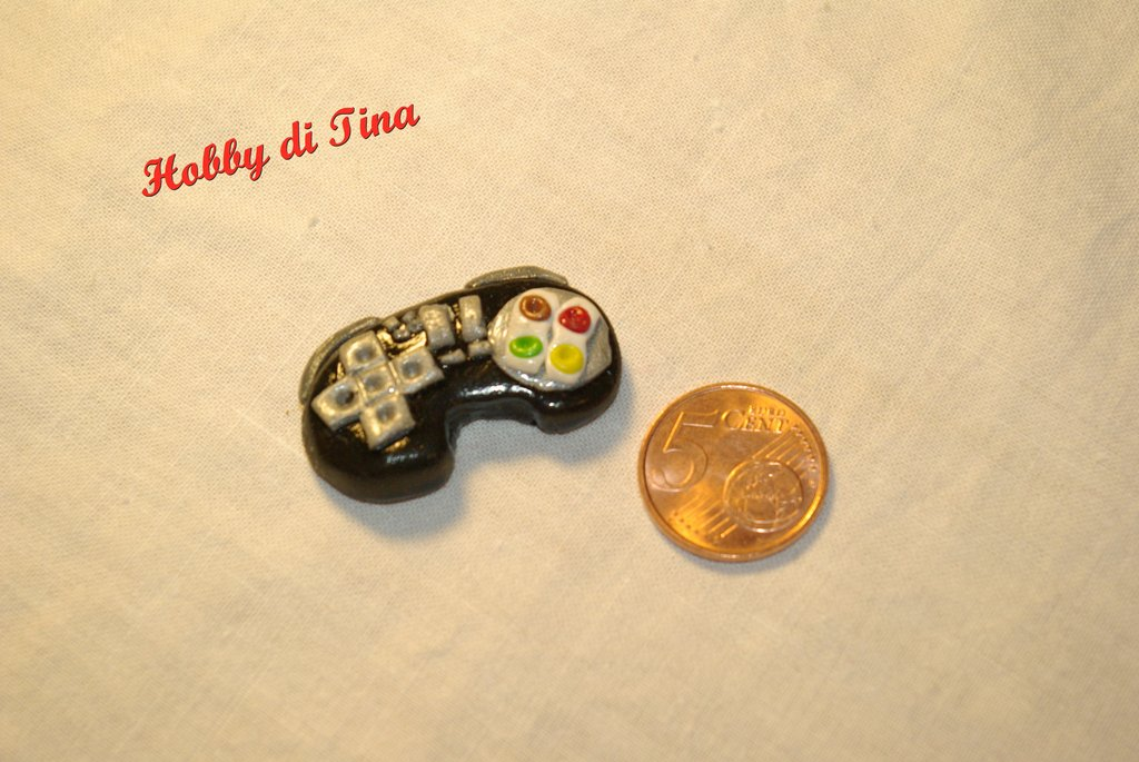 Calamita joystick per PlayStation in fimo