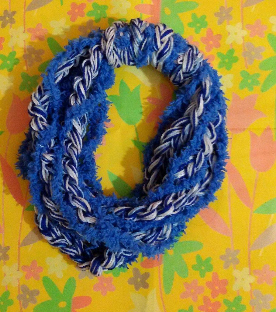 Sciarpetta collana lana bambina