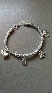 Braccialetto in vera pelle colore argento intrecciato a mano
