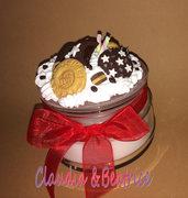 Vasetto con candela profumata decorato con biscotti tipo Mulino Bianco fatti a mano in fimo. Idea regalo.
