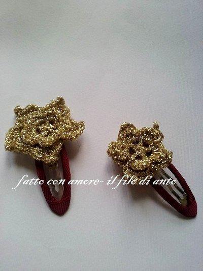 Fermacapelli / fermagli / mollette rivestite di cotone bordeaux con fiore stella oro