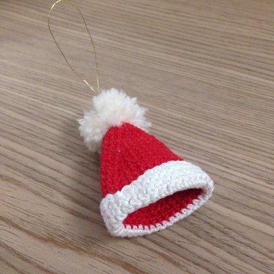 ... all uncinetto Cappello di Babbo Natale addobbo per l albero fatto a  mano ... 668c9c5d7e42