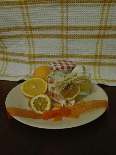 Zucchero aromatizzato all'arancia