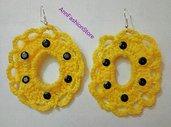 Orecchini donna colore giallo con strass nero