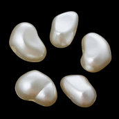 10 Perle perline  decorative divisori spaziatori a forma di CUORE 9x6 mm