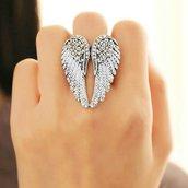 Anello ali d'angelo bianche con brillantini regolabile