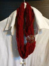 collana di lana bordeaux