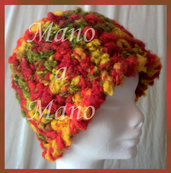 Cappello a cloche - Rosso arancio verde batuffoloso