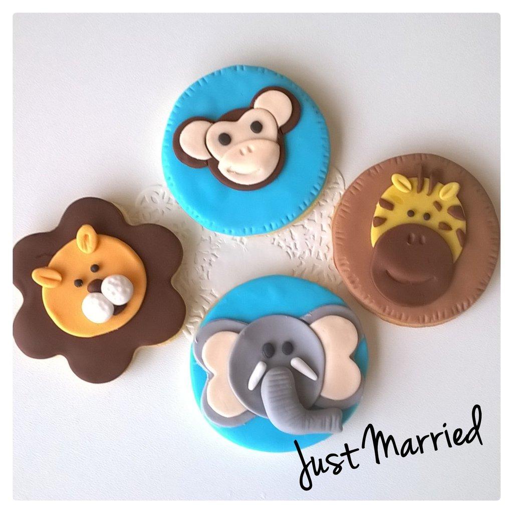 biscotti decorati a tema jungla,jungla, leone, giraffa,scimmia,elefante