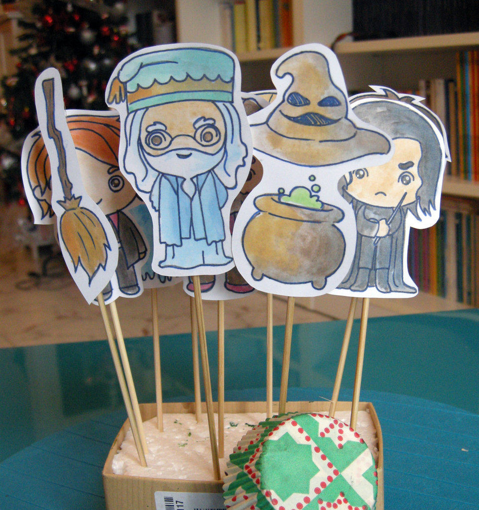 Cupcake toppers HARRY POTTER, decorazioni buffet e dolcetti per party, baby shower, compleanno, set 10 pezzi