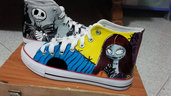 "Scarpe modello tipo Converse a tema ""Nightmare Before Christmas"""
