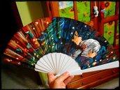 """Ventaglio di carta rinforzata e bambù a tema """"Il castello errante di Howl"""" Studio Ghibli"""