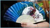 """Ventaglio di carta rinforzata e bambù a tema """"La città incantata"""" Studio Ghibli"""