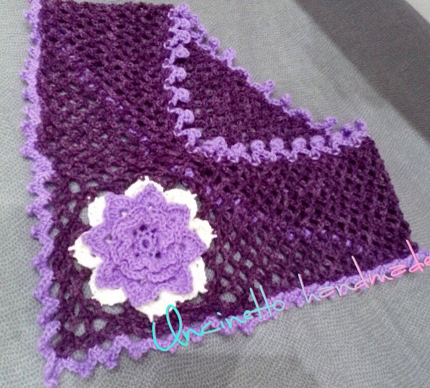 Scaldacollo lana uncinetto fiore lilla viola fatto a mano  idea regalo shopping