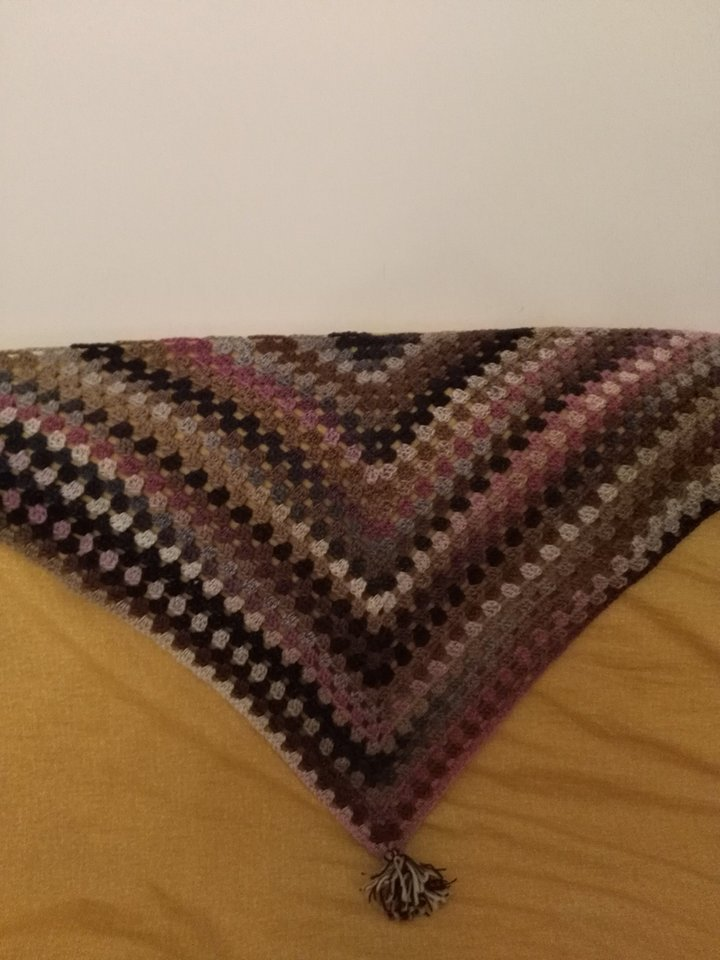Scialle lana uncinetto  fatto a mano  idea regalo shopping