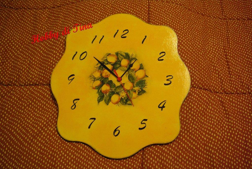orologio con limoni