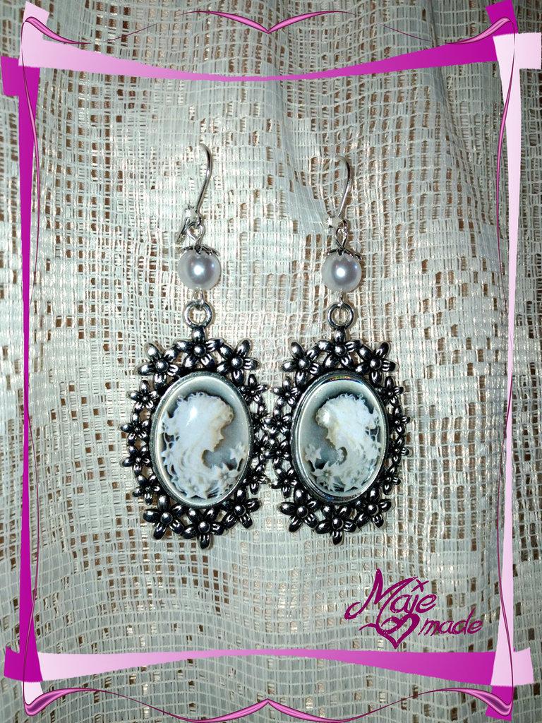 """Orecchini """"White Lady"""" - cabochon cammeo + perle"""