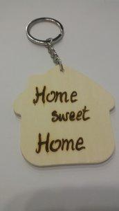 """portachiavi in legno a forma di casetta """"home sweet home"""""""