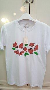 T-shirt pitturata a mano