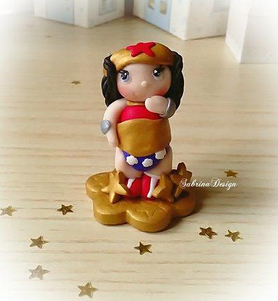 Cake topper Wonder Woman torta super eroi nascita battesimo comunione compleanno cupcake topper