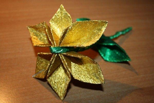 Fiore origami oro