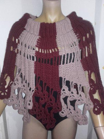 Poncho Mantella coprispalle all'uncinetto per donna, lana