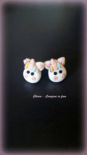 Orecchini da lobo in fimo, argilla polimerica, handmade Unicorni kawaii miniature idee regalo amica compleanno arcobaleno