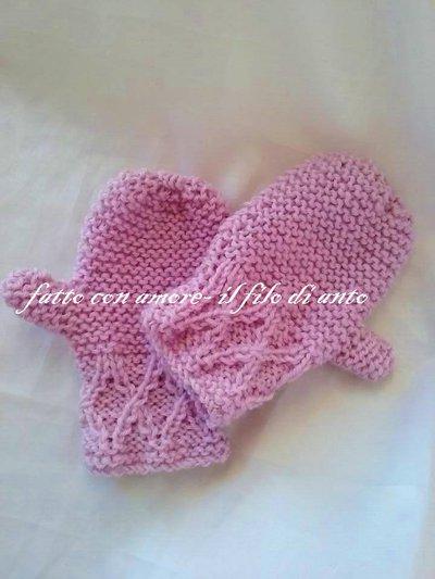 Guanti / muffole bambina in pura lana rosa con lavoro a intrecci