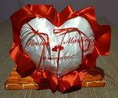 Cuscino fedi cuore cuscinetto portafedi volant in raso ricamo personalizzato nomi sposi + data matrimonio