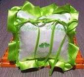Cuscino fedi quadrato cuscinetto portafedi volant in raso ricamo personalizzato nomi sposi data matrimonio