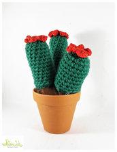 pianta grassa ad uncinetto con fiore rosso, pianta grassa amigurumi, vaso 11 cm diametro. misura grandissima
