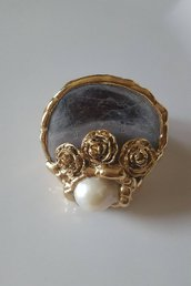 Anello conchiglia e perla
