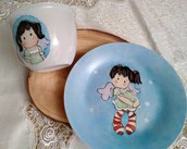 piatto e tazza in porcellana dipinta a mano , con soggetto tilda