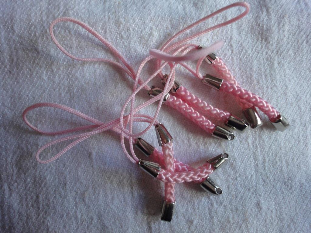 7 particolari laccetti rosa treccia con anellino