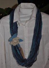 collana scalda collo blu