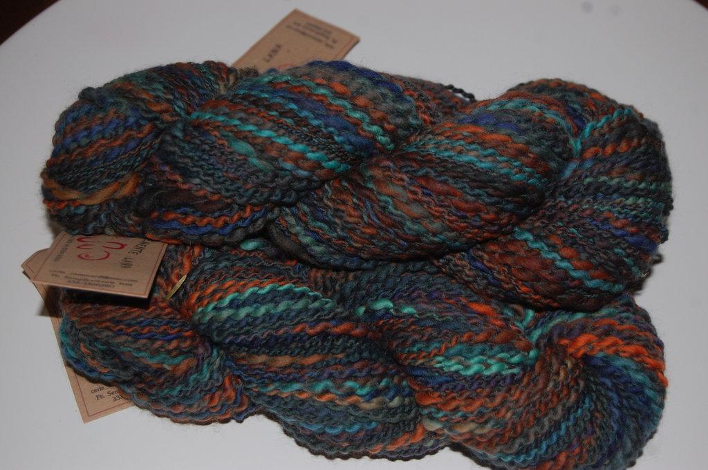 lana filata a mano