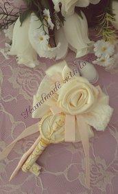 Fiore portaconfetti con gessetto tema comunione