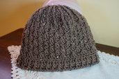 Cappello lana marrone, disponibile in qualsiasi colore. Modello per donna e uomo